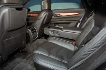 Cadillac CT-6 Black Interior with fold down separator